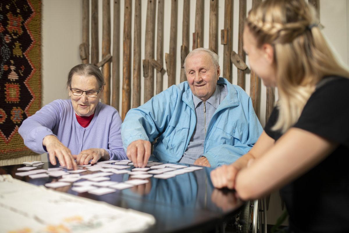 Hopeakodossa tuemme ikääntyneiden omatoimisuutta